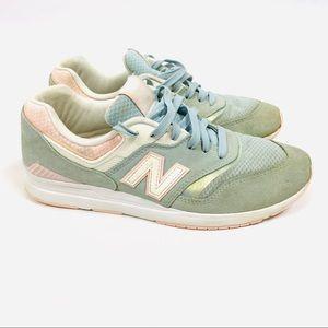 New balance revlite tennis shoes